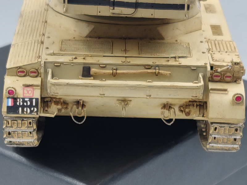 AMX 13/75 opération Mousquetaire Suez 1956 Takom 1/35 + Diorama - Page 6 Img_4077