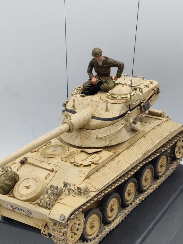 AMX 13/75 opération Mousquetaire Suez 1956 Takom 1/35 + Diorama - Page 5 Img_4079