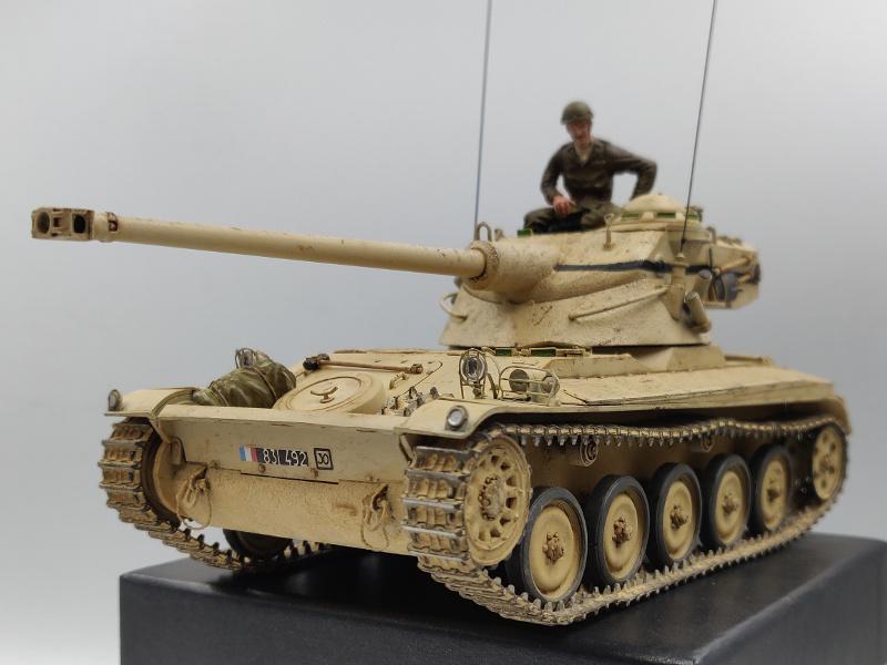 AMX 13/75 opération Mousquetaire Suez 1956 Takom 1/35 + Diorama - Page 6 Img_4080