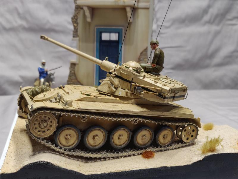 AMX 13/75 opération Mousquetaire Suez 1956 Takom 1/35 + Diorama Terminé Img_4224