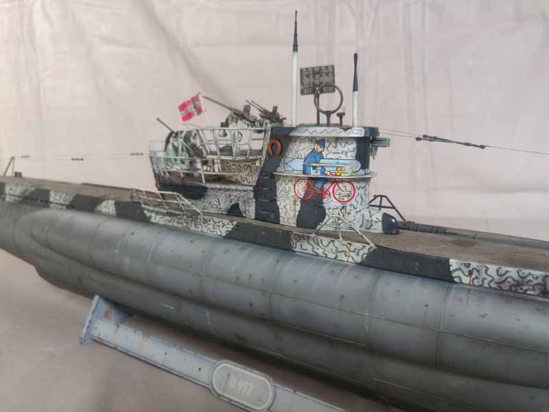 U-Boat VII C/41 U 997 Revell 1/72 édition Platinium Img_5219