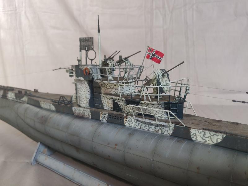 U-Boat VII C/41 U 997 Revell 1/72 édition Platinium Img_5221