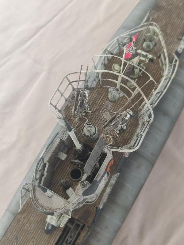 U-Boat VII C/41 U 997 Revell 1/72 édition Platinium Img_5229