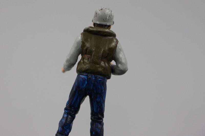Tutoriel sur la peinture aux acryliques des figurines par ThiMarie Img_6813