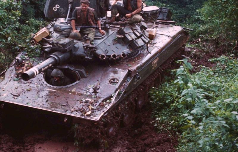 M551 SHERIDAN 1/35 Tamiya. Vietnam 1969 avec Diorama par THIMARIE - Page 4 Sherid13