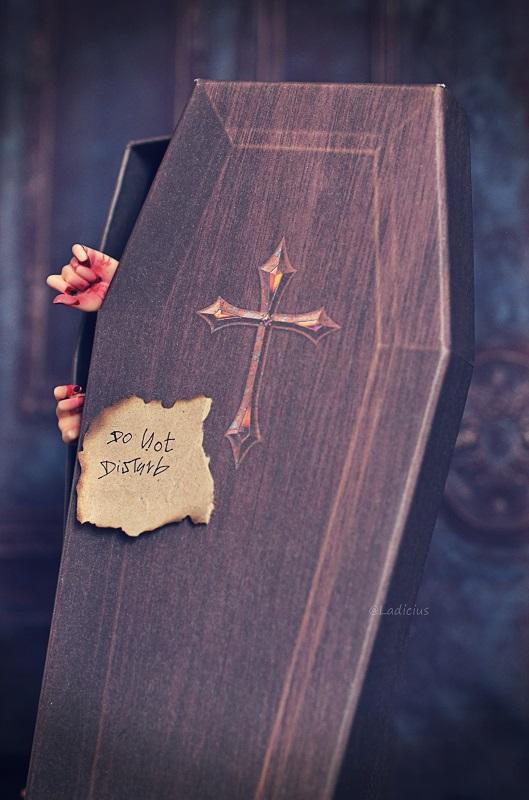 ♠ [L'Artelier]Hadollween jours 24/25 : Brisé,Ombres • P.60 ♠ - Page 58 Hdw_6_10