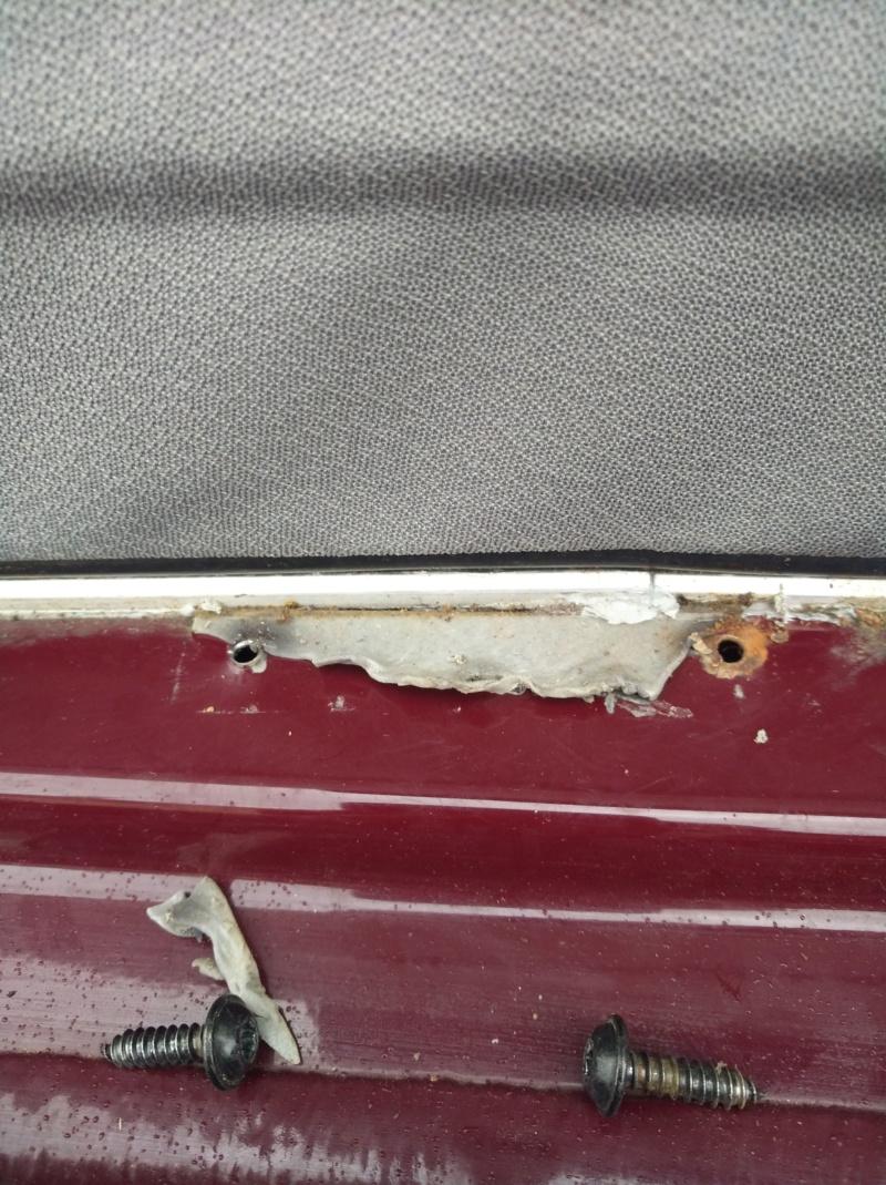 Lamelle de guidage toit ouvrant cassé nette ; référence des nouvelles pièces et le prix ! - Page 5 Img_2015