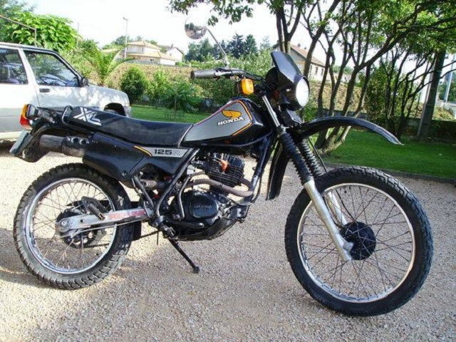 Evolution des :MONOCYLINDRES  HONDA 125  TRAIL Xl_12510
