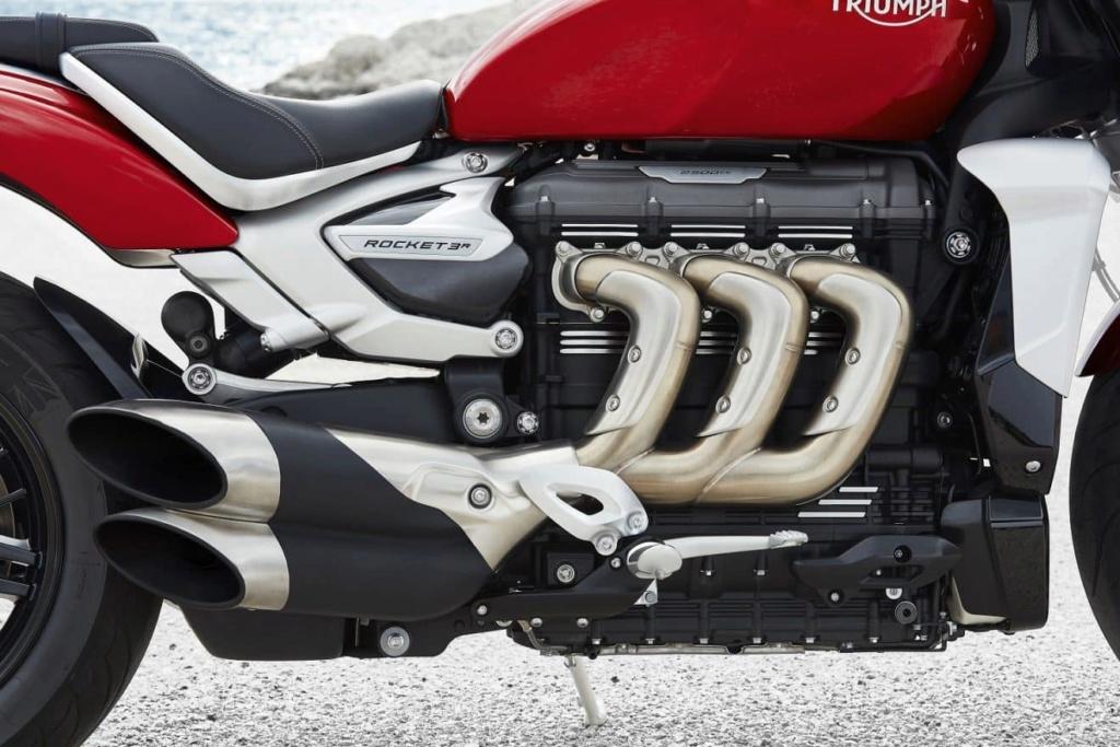 Essai Nouvelle Triumph Rocket 3R (3 Cylindres 2500cm3) C4d12010