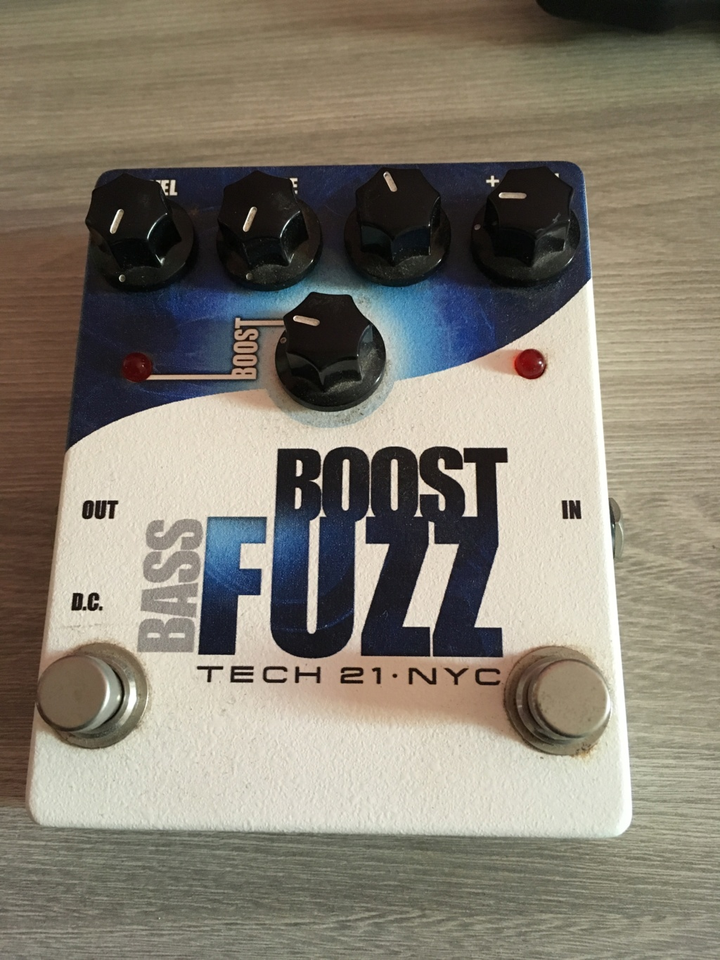 Vendo: Pedal Tech 21 Bass Fuzz Img_9110