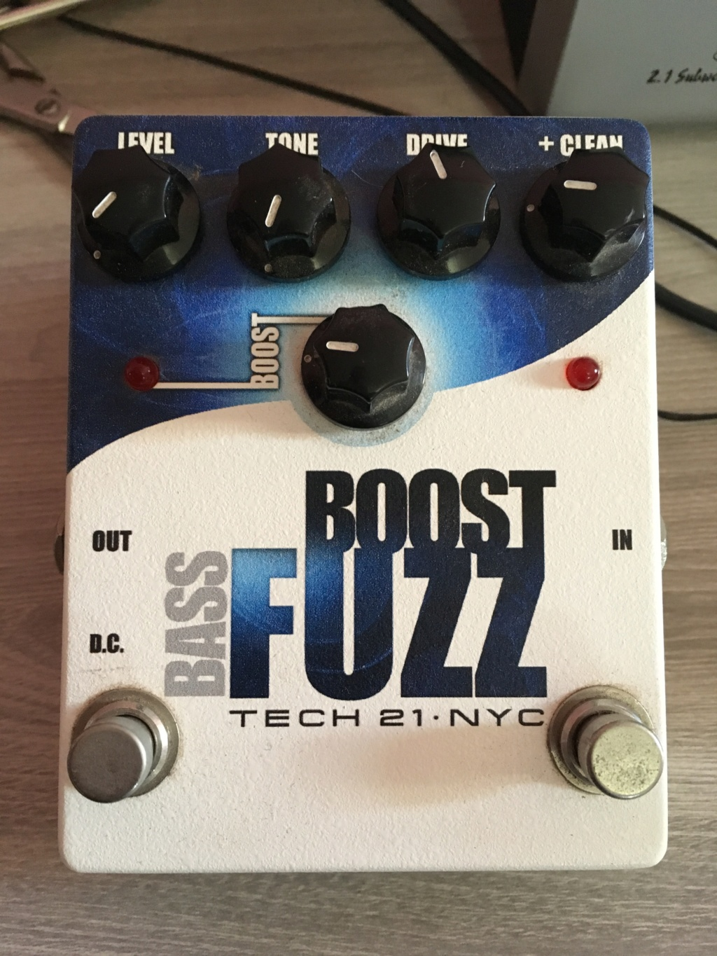 Vendo: Pedal Tech 21 Bass Fuzz Img_9112