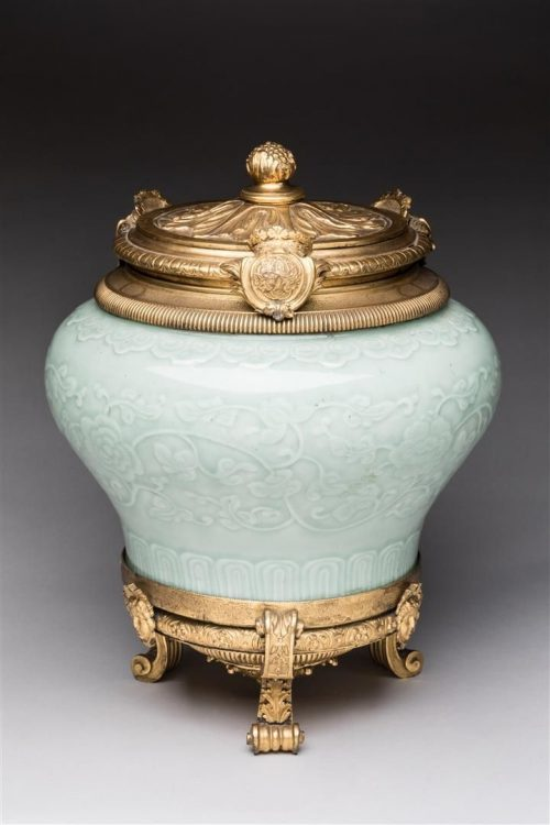 La collection de Jacques Guerlain aux enchères à Orléans 11232510