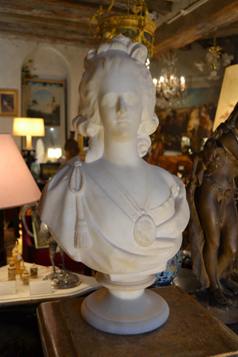 A vendre: bustes Marie Antoinette - Page 9 42065710
