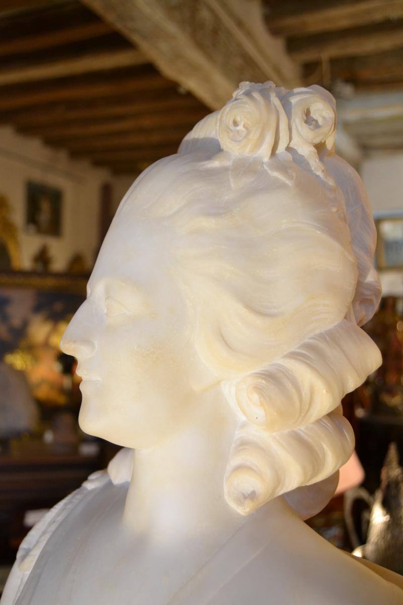 A vendre: bustes Marie Antoinette - Page 9 42065714