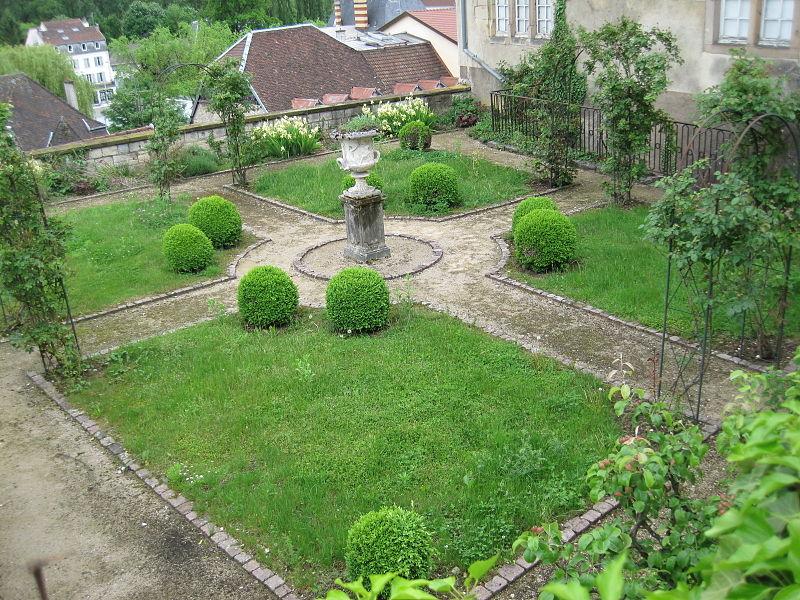 Montbéliard, château des ducs de Wurtemberg 800px-12