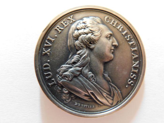Pièces, médailles et médaillons mis en vente - Page 6 F5953310