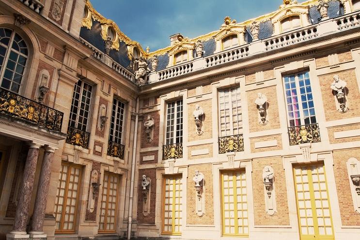 Les marques de luxe, nouveaux mécènes du château de Versailles Istock10