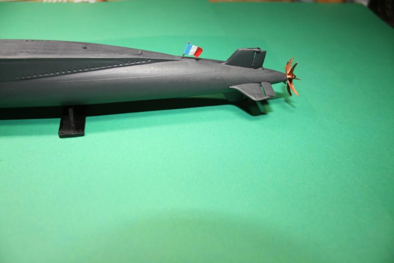 Sous-marin nucléaire lanceur d engins SNLE REDOUTABLE HELLER Réf  KIT 71241 Le_red16