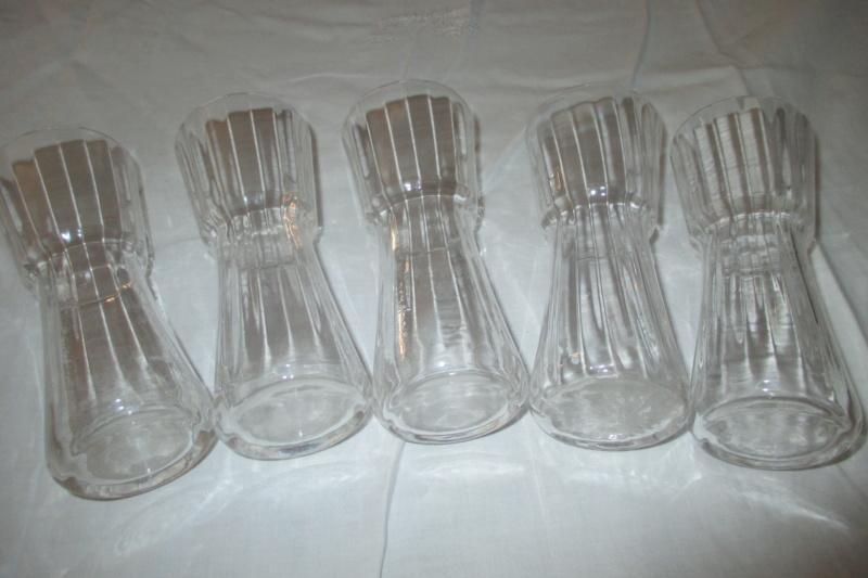 Verres , gobelets en cristal soufflé identification Forum_25