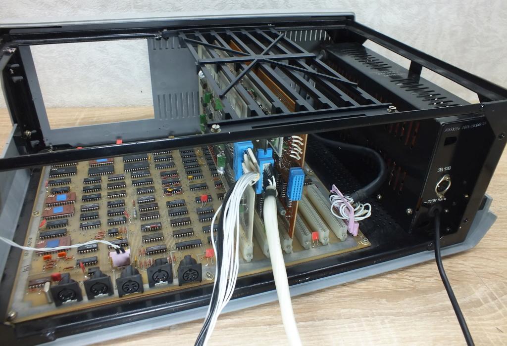 Кратко о компьютере АГАТ 2310