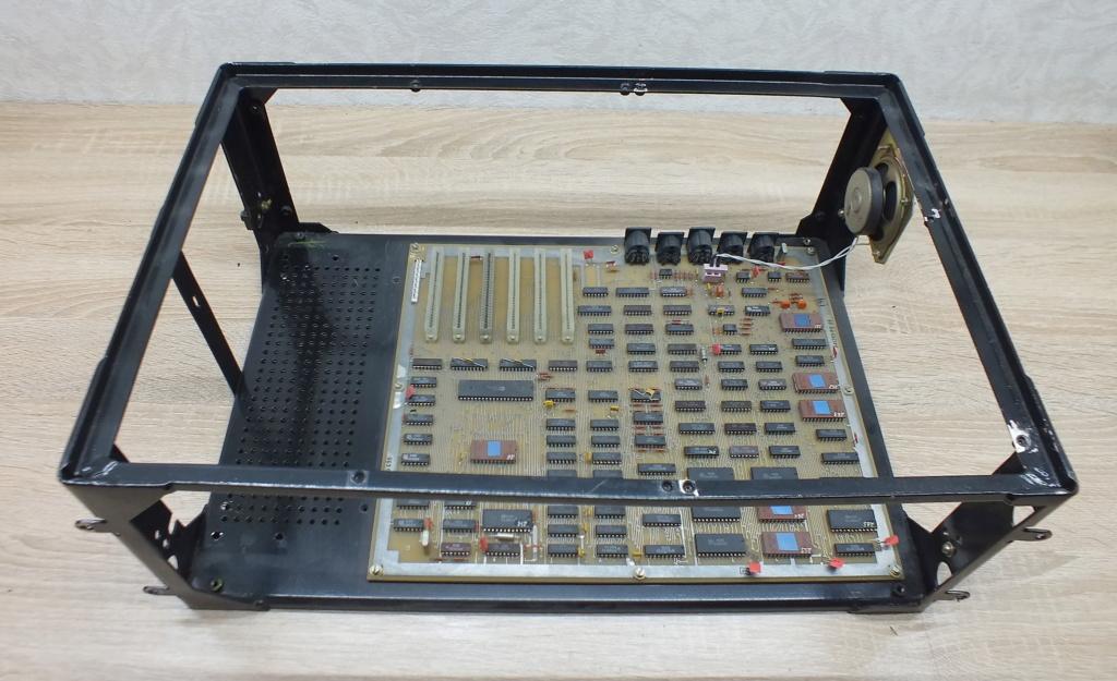 Кратко о компьютере АГАТ 910