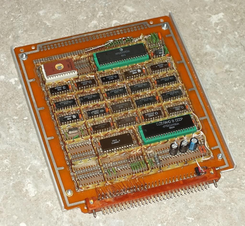 Упрощаем схему Микро-80 и исправляем косяки. И собираем по технологиям 80-х годов. R1fsry10