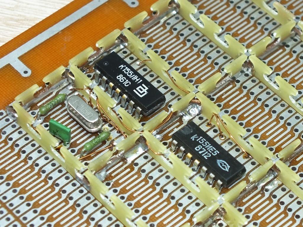 Упрощаем схему Микро-80 и исправляем косяки. И собираем по технологиям 80-х годов. S7zypk10