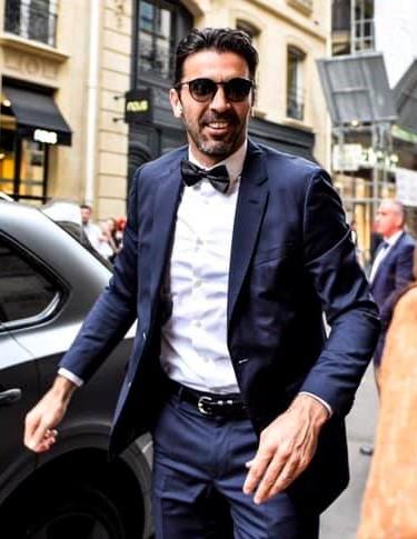 Gigi Buffon 61142510
