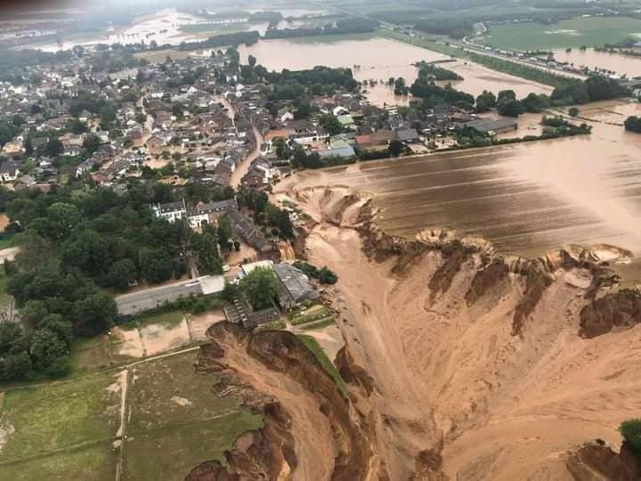 Njemačka : U poplavama najmanje šest poginulih, 30 nestalih Fb_img45
