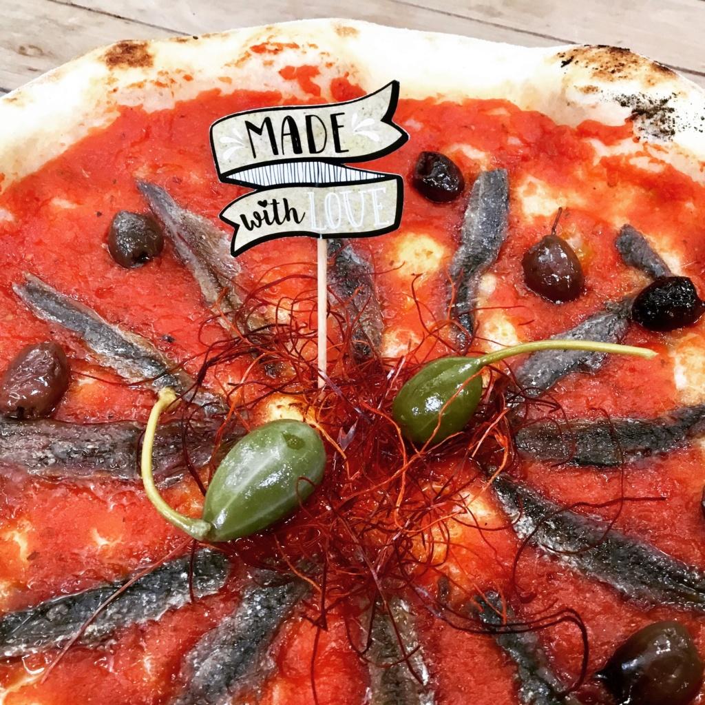 pizza Napolitaine aux anchois 32c39810