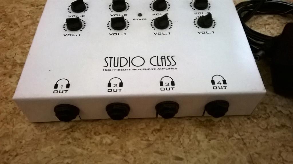 Vendo Amplificador De Fone De Ouvido StudioClass Da Marca AcoustiClass Wp_20110
