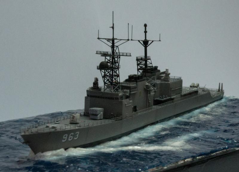 USS SPRUANCE Echelle 1/700 Uss_sp22