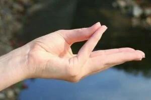 9 защитных жестов Max_g410