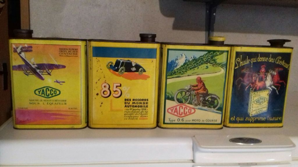 Les bidons d'huile&essence et accessoires pour auto/moto - Page 2 1ba44510
