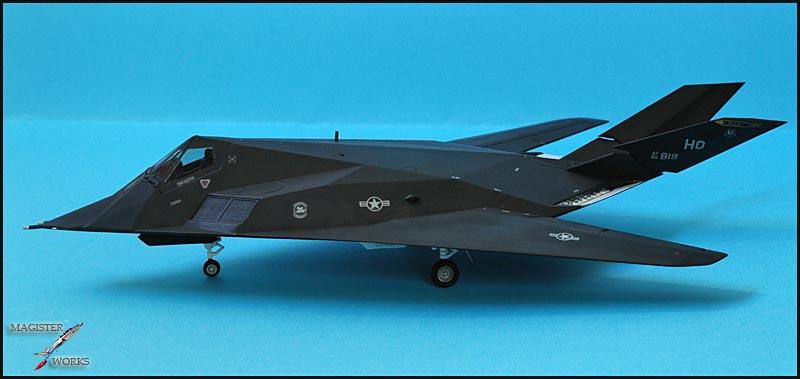 F-117A NightHawk origine Airfix Photo246