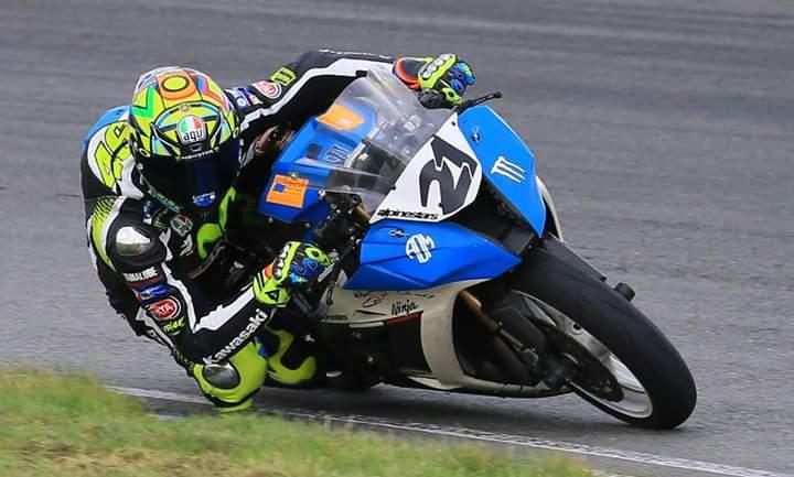 tony #21 de la moto au f16 - Page 3 Fb_img10