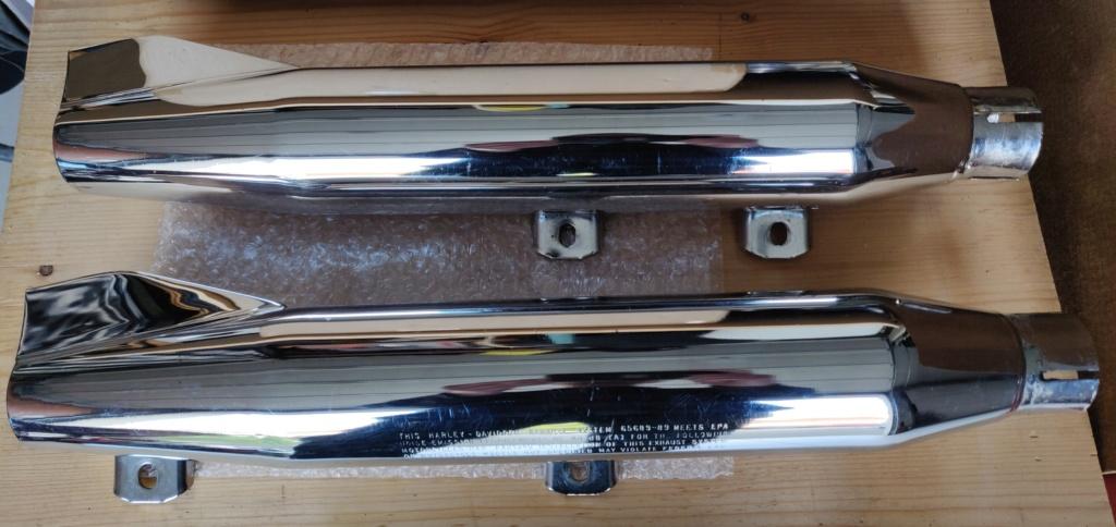 cherche pot d'origine double pour softail 1340 Photo411