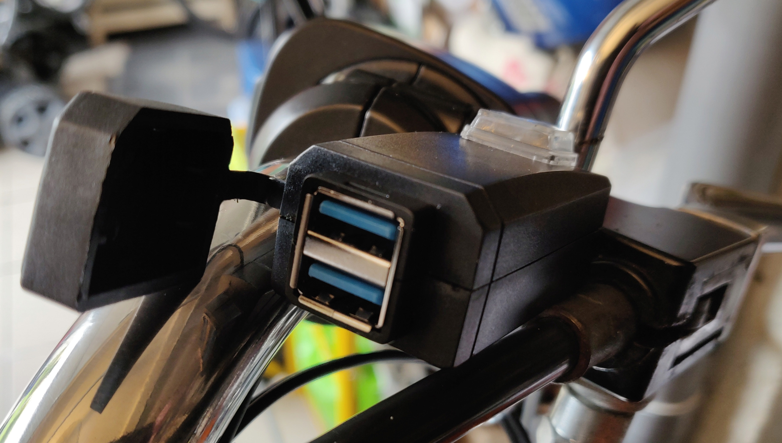 Port USB sur RKS Usb_0110