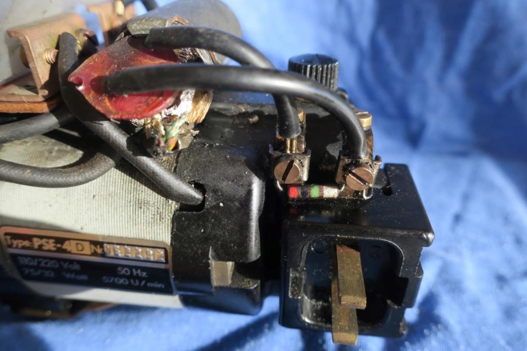 Condensateur grillé sur moteur de machine à coudre Moteur10