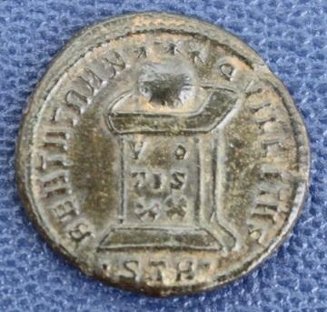 Nummus de Constantin II Img_1917