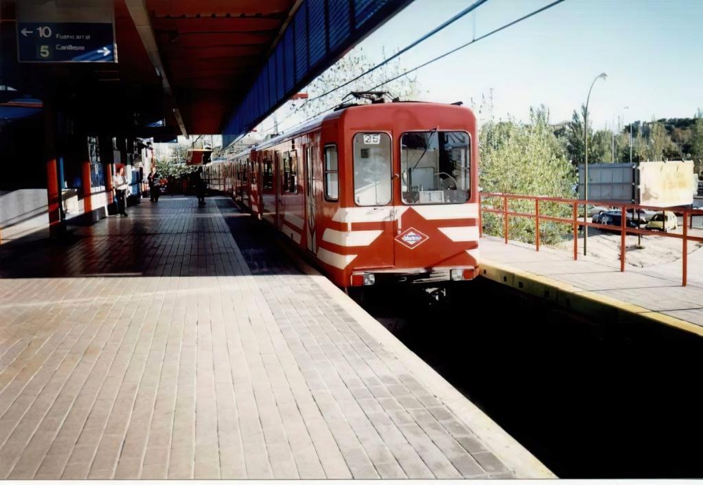 Metro Madrid Photos recuperation serie Models 300  12540910