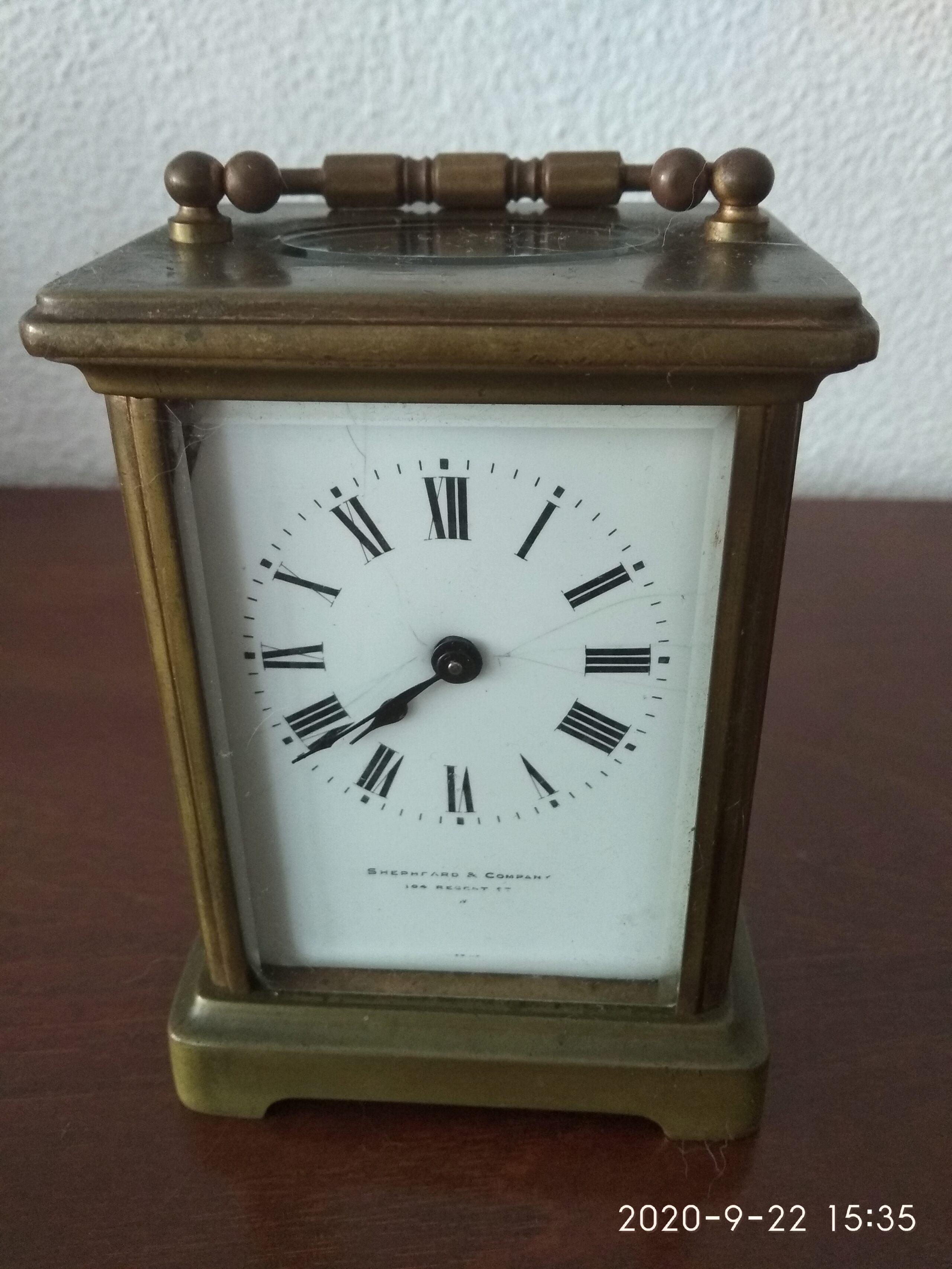 Relógio de mesa de corda da Shephard & Company Img_2014