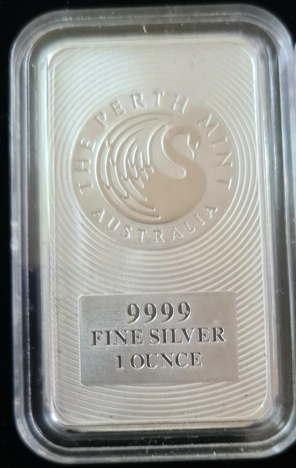 1 oz Minted Silver Kangaroo Bars Silver11