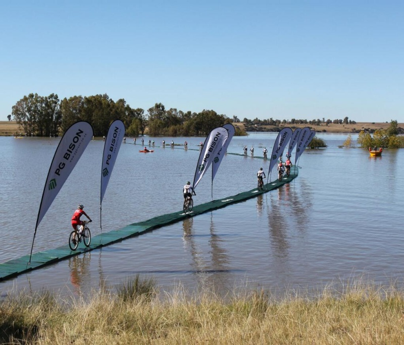 joBerg2c (South Africa) - 25/04 au 03/05/2014 Bme50410