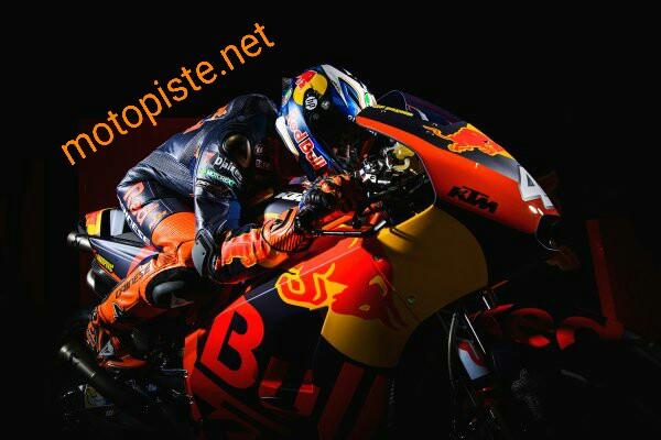 Présentation des KTM engagées en 2017 Img_1412