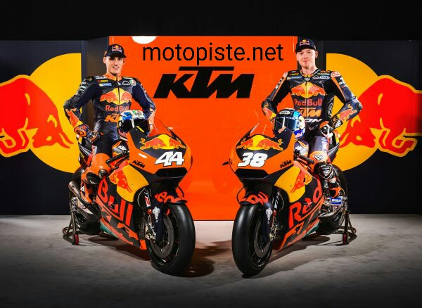 Présentation des KTM engagées en 2017 Img_1415