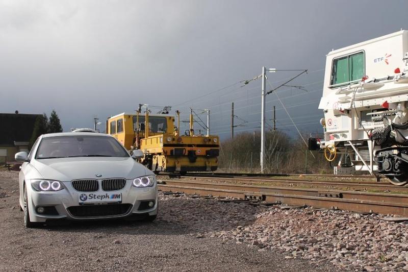 BMW E92 325dA sport design 2010  - Page 2 Img_2012