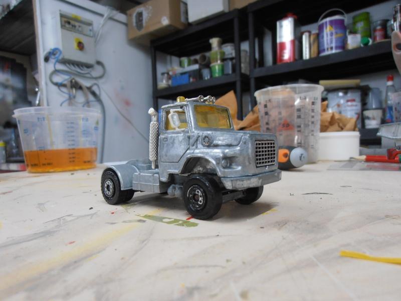 custom Ford Louisville, quand Solido épouse Majorette! P1200010