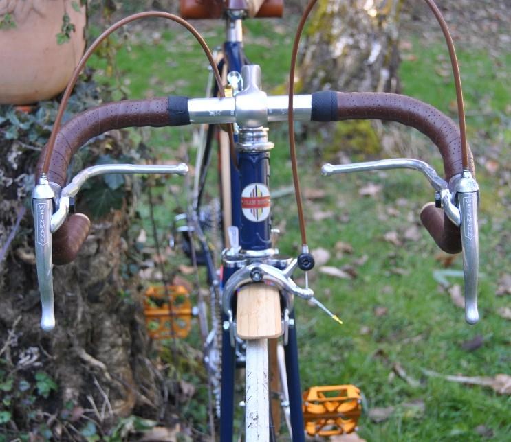 (Mondia) Jean Brun futur custom ! 1410