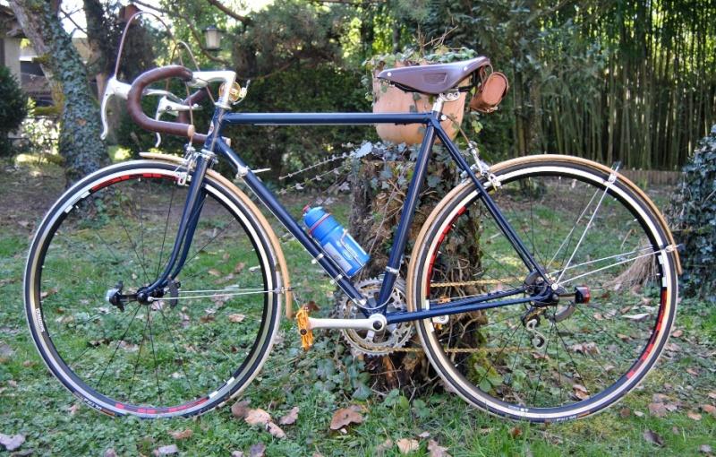 (Mondia) Jean Brun futur custom ! 210